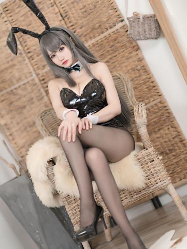 【喵糖映画】喵糖映画 – TML.020 麻衣兔女郎 [24P-335M]