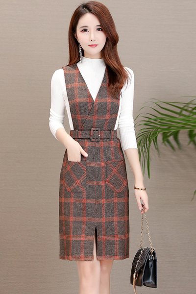 朗衣贝(Lang Yi Bei)气质两件套秋装女2018新款韩版名媛针织上衣+格子裙子长袖连衣裙6086