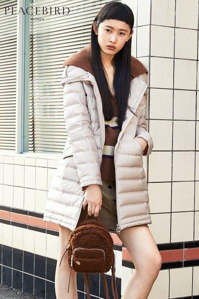 羽绒服女中长款冬装2018新款韩版直筒宽松长袖米色加厚太平鸟女装