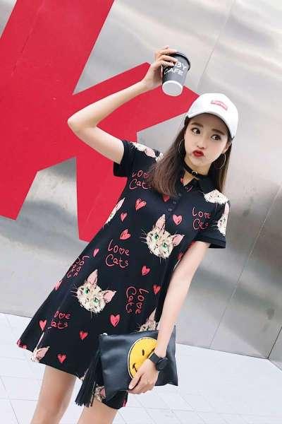依魅人2019新款韩版宽松POLO领猫咪大码短袖连衣裙中长款t恤裙子