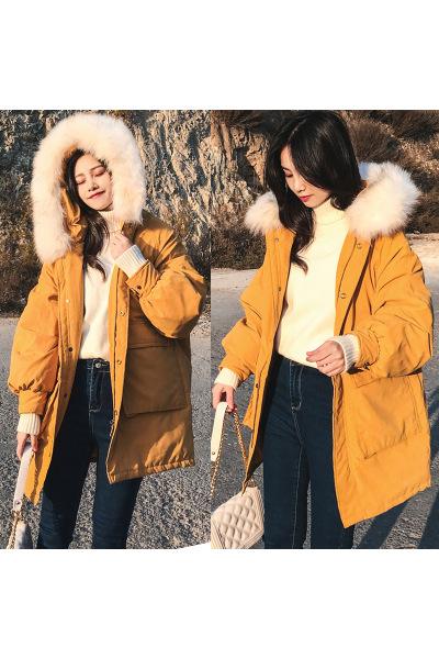 与牧毛领2018新款蝙蝠袖羽绒服女韩版中长款连帽宽松厚冬装外套8811