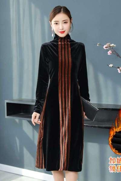 班俏BANQIAO2018冬季新款加绒加厚金丝绒高领宽松显瘦打底连衣裙中长款裙子女