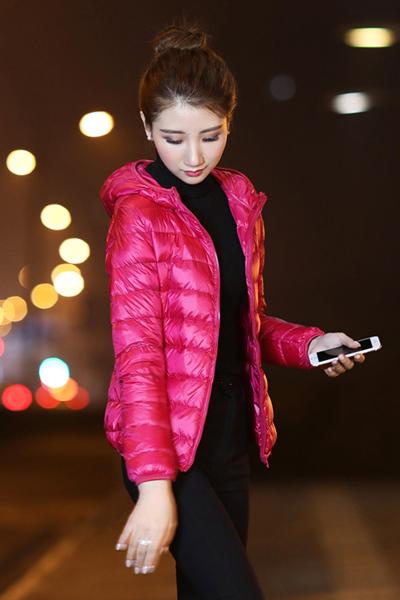 千仙仙 2018冬季新款韩版连帽短款修身显瘦轻薄大码轻薄薄款羽绒服女外套