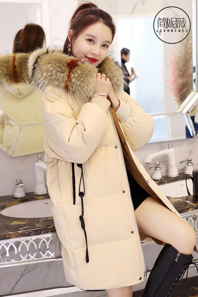 简妮薇(JIANNIWEI)秋冬季中长款羽绒服女2018新款韩版个性口袋大毛领时尚彩毛大码加绒加厚冬装棉服外套女士