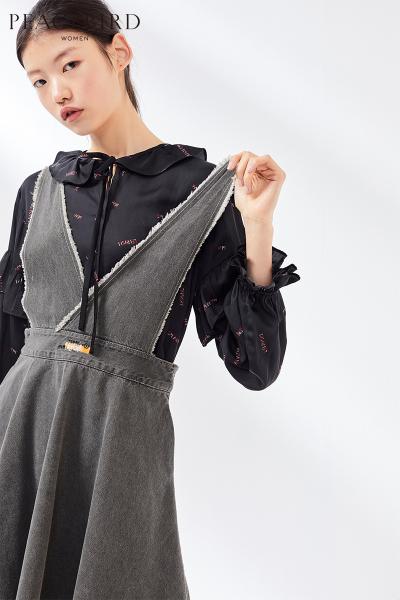 无袖连衣裙女2019春季新款牛仔背带连身裙灰色绑带短裙太平鸟女装