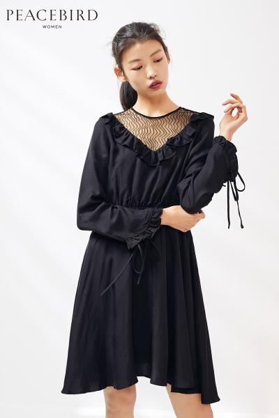 黑色长袖连衣裙女2019春季新款中长款甜美松紧腰连身裙太平鸟女装
