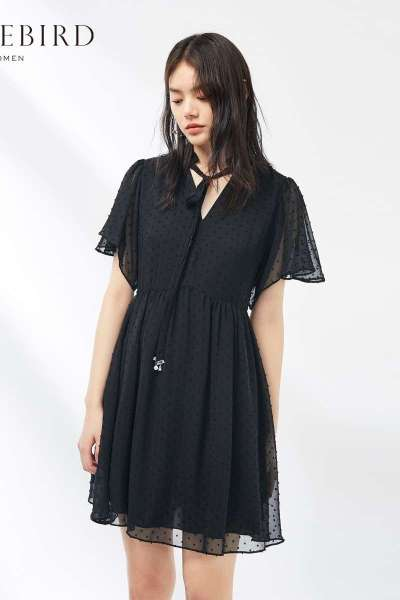 黑色短袖连衣裙女2019夏季新款高腰时尚性感短裙连身裙太平鸟女装